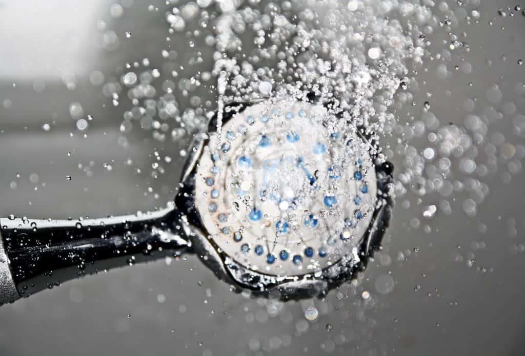 מים חמים